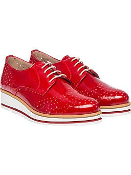 Schuhe in rot