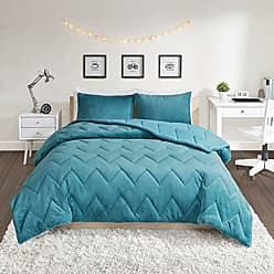 INTELLIGENT DESIGN Kai Solid Chevron Quilted Reversible Ultra Soft Microfiber To Cozy Plush Zipper Closure Comforter Set Bedding, Full/Queen Size, Teal 3 Piece