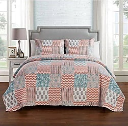 VCNY Home Anna 3 Piece Pinsonic Reversible Bedding Quilt Set, Full/Queen, Peach