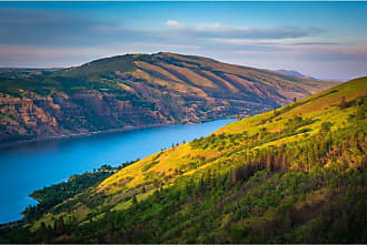 Noir Gallery View of the Columbia River Gorge in Oregon on Canvas - CRG-01-TW-08