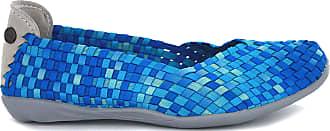 bernie mev. Womens Braided Catwalk Flat (Blue Camo, 5)