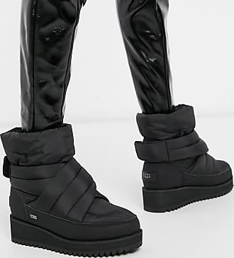 UGG Montara - Gesteppte, warme Ankle-Boots in Schwarz