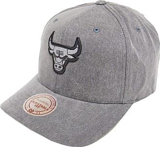 b5887cac915 Mitchell   Ness Men Caps Snapback Cap NBA Chicago Bulls Black - 504865  Adjustable