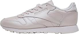 Reebok low profile trainers. This iconic silhouette has been given a splash of glam with its pearlised finish. CN5467