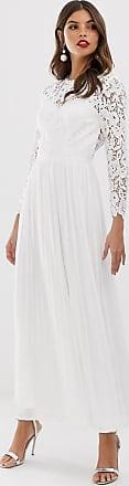 Chi Chi London lange kanten jurk met geschulpte achterkant in wit