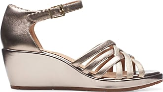 Clarks Un Plaza Vibe Leather Sandals in Gold Metallic Standard Fit Size 5.5