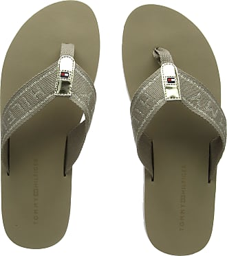 d45ba5365 Tommy Hilfiger Womens Flexible Essential Beach Sandal Flip Flops