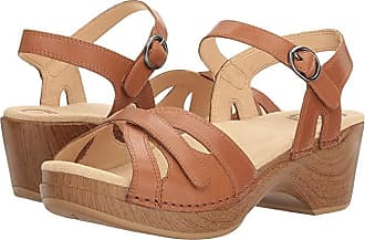 Dansko Season (Camel Full Grain) Womens Shoes