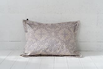 Dreamon Pillow cover Berries Of Harmony Light