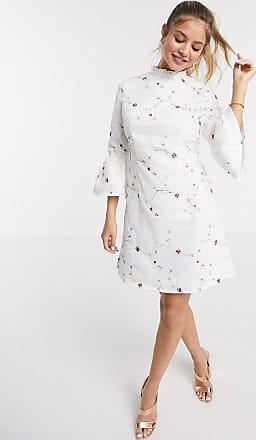 Chi Chi London Chi Chi - Fern - Mini-jurk met A-lijn in wit met borduursel