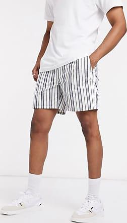Weekday Olsen - Gestreifte Shorts in Marine-Navy