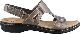 669a4fa9bf1c Clarks Womens Leisa Lakelyn Flat Sandal Pewter Metallic Leather 6.5 M US