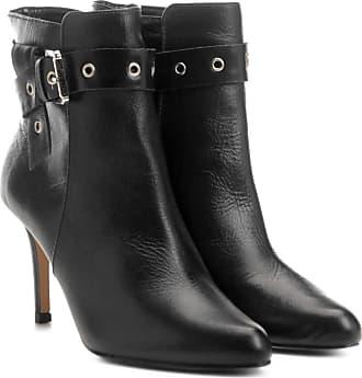 ff7ecf40d1 Shoestock Bota Couro Cano Curto Shoestock Salto Fino Fivela Feminina -  Feminino