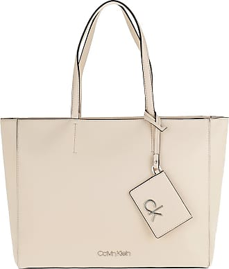 Calvin Klein Shopping Bags - Must Shopper Bleached Sand - beige - Shopping Bags for ladies