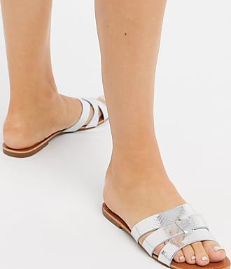 Glamorous flat sandals in silver snake metallic