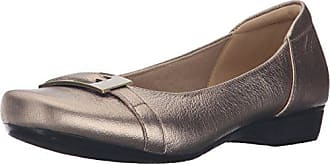 4a30ca2cd37ea Clarks Womens Blanche West Flat, Gold/Metallic Leather, 6 W US