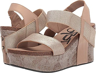 921086b0747 OTBT Bushnell (Mid Taupe) Womens Wedge Shoes