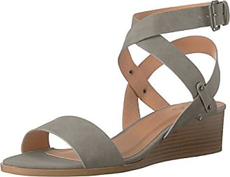 Qupid Womens Wedge Sandal, Light Grey Distress Nubuck Polyurethane, 6 M US