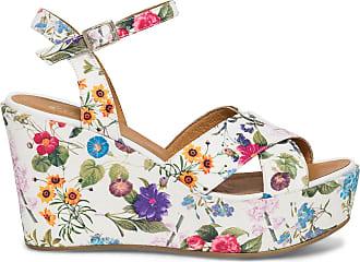 Chaussures avec motif Fleurs − Maintenant   154 produits jusqu  à ... 49e18bd62d9