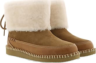 UGG Boots & Booties - W Quinlin Fluff Bootie Classic Chestnut - brown - Boots & Booties for ladies