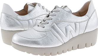Wonders C-33202 Metallic Leather Trainers for Women Size: 6 Color: Plata