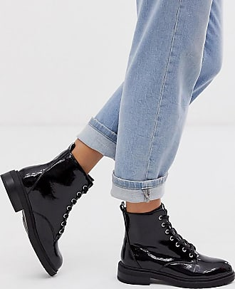 New Look lace up flat hiker boots in black