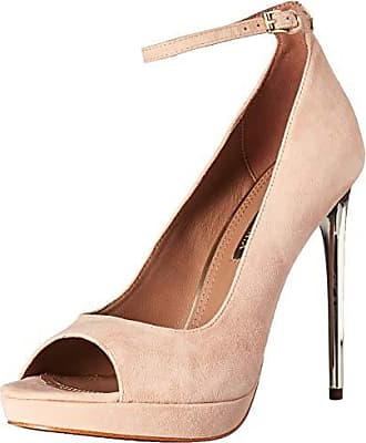 12bf9fc02ca Bcbgmaxazria® Shoes − Sale: up to −44% | Stylight