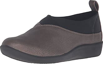 d9c57d14d760 Clarks® Slip-Ons  Must-Haves on Sale up to −31%