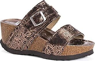 3370e49195e2 Muk Luks® Wedge Sandals − Sale  at USD  13.81+