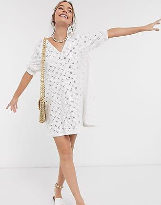 Asos Petite ASOS DESIGN Petite - Weißes Mini-Swing-Kleid mit V-Front, Puffärmeln und Lochstickerei