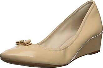 0de3ee6c6 Cole Haan Womens TALI Mini Bow Wedge Pump, Nude Patent, 9 B US
