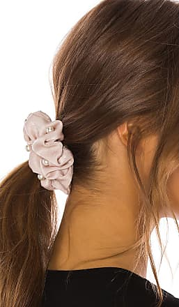 8 Other Reasons Pearl Scrunchie Set in Beige