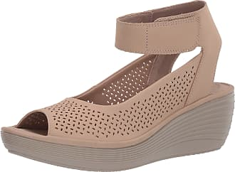 Clarks Womens Reedly Jump Wedge Sandal, Sand Nubuck, 7.5 Wide