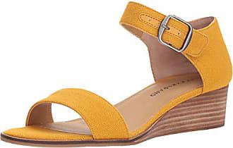 Lucky Brand Womens Riamsee Wedge Sandal, Saffron, 6 M US
