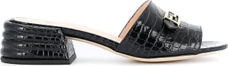 Fendi Sandália com placa de logo e efeito de pele de crocodilo - Preto