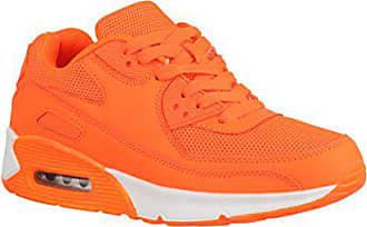 Knallige Sneaker cool und stylish kombinieren | Stylight