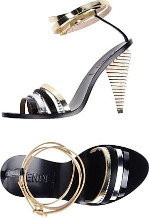 Chaussures en Doré : 15 Produits jusqu'à </p>                     </div> <!--bof Product URL --> <!--eof Product URL --> <!--bof Quantity Discounts table --> <!--eof Quantity Discounts table --> </div> </dd> <dt class=