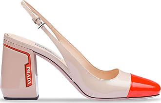 Prada Sapato de couro envernizado - Neutro