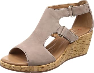 aa0a6b5b7d34e Clarks Womens Un Plaza Ankle Strap Sandals, (Grey Nubuck), 4.5 UK