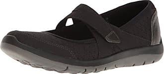 a67081b2d293 New Balance Womens Wembly Mary Jane Fashion Sneaker