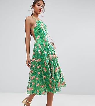 3 Varianten wie du dein rückenfreies Kleid tragen kannst. | Stylight