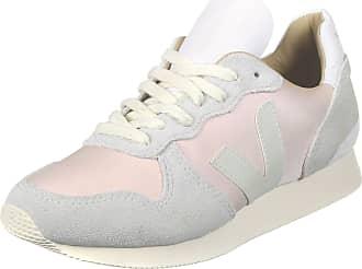 3556c0a015d78 Ya puedes comprar las sneakers de las influencers!