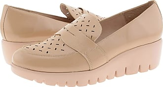 Wonders C-33208 Leather Wedge Shoes Cushioned Insole Size: 7 Color: Beige
