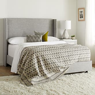 Skyline Furniture Wingback Bed in Zuma Pumice (California King)