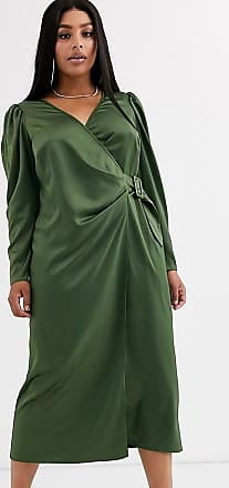 Asos Curve ASOS DESIGN Curve - Vestito lungo a portafoglio in raso con cintura con fibbia-Verde