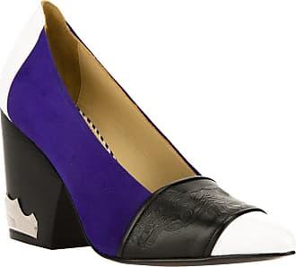 Toga Archives Sapato azul e preto