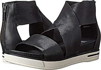 Eileen Fisher Womens Sport Sandal, Black Tumbled Leather, 5.5 M US