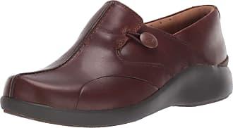 Clarks Womens Un.Loop 2 Walk Loafer, Dark Tan Leather, 9 W US