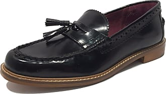 Brogues for Women in Black: Now up to