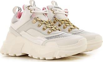 Come abbinare le Fila (e altre chunky sneakers) con eleganza